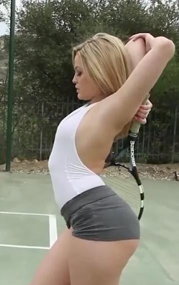 網球訓練後加強輔導小穴緊度